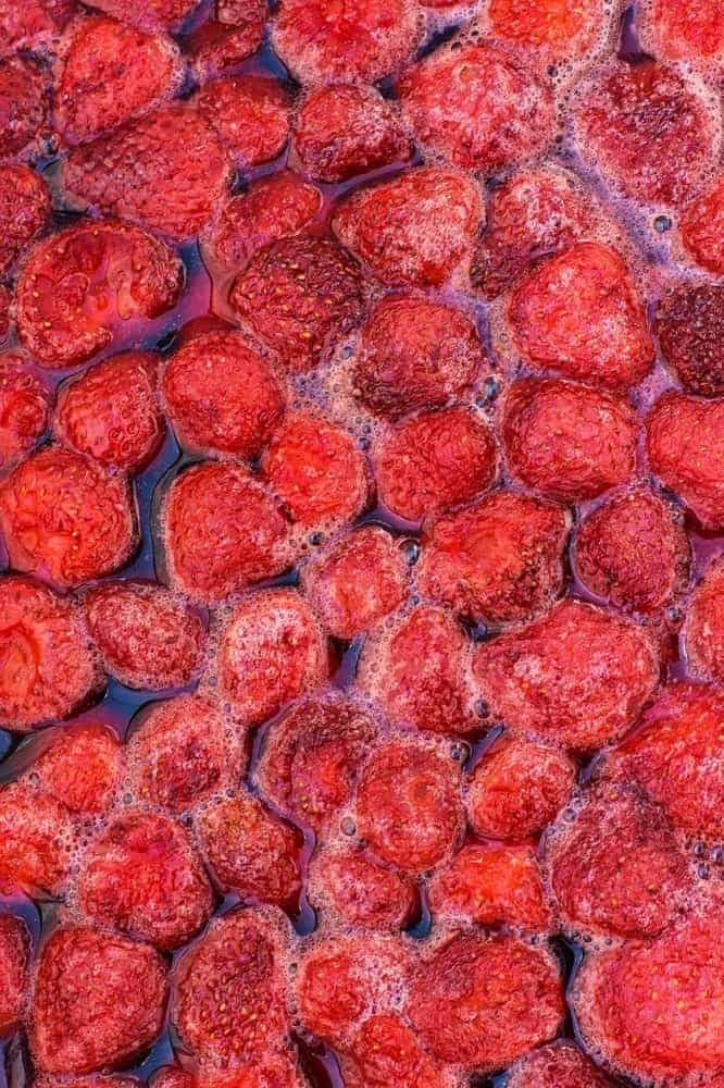 Strawberry boiled